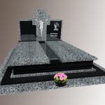 Подвійний пам'ятник з покостівського граніту та габро