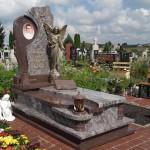 Гранитные  памятники с ангелами
