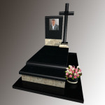Памятник Еліт,габро,фотокераміка