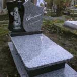 Памятник гранітний дитячий