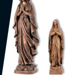 Скульптура Божьей Матери