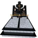 подвійний пам'ятник на двох з білого граніту