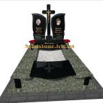 памятник гранітний надмогильний з хрестом на могилу