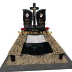 подвійний пам'ятник з габро і світлого граніту