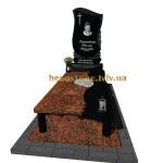 одинарний пам'ятник на могилу з хрестом та підсвічником